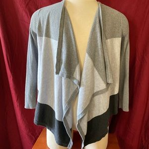KENNETH COLE grey and black open cardigan.